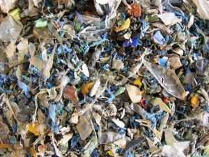 grains de plastiques