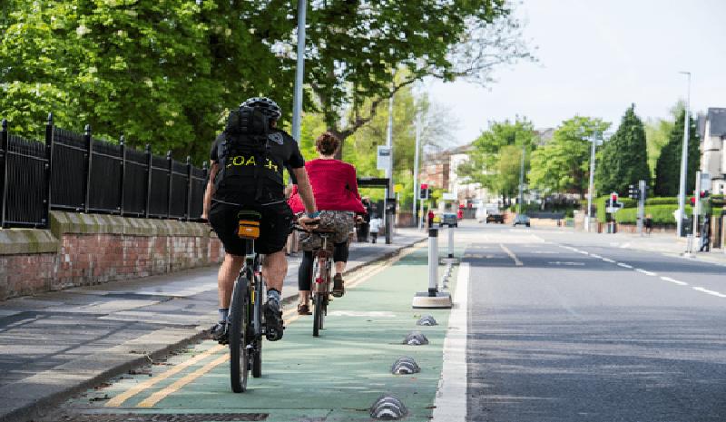 co bike lanes create traffic?
