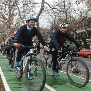 bicicletada en la ciclovía de Mendoza