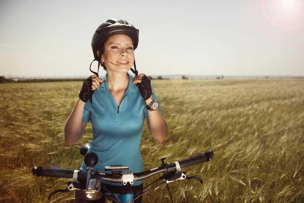 Llevar casco en bicicleta